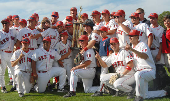 August 24, 2006: Seminole pitcher Bryan Henry and shortstop Buster Posey helped lead the Yarmouth-Dennis Red Sox to the championship of the Cape Cod League during the summer of 2006.  Posey was named the All-League shortstop while Henry finished with a 4-0 record and a 2.41 ERA.