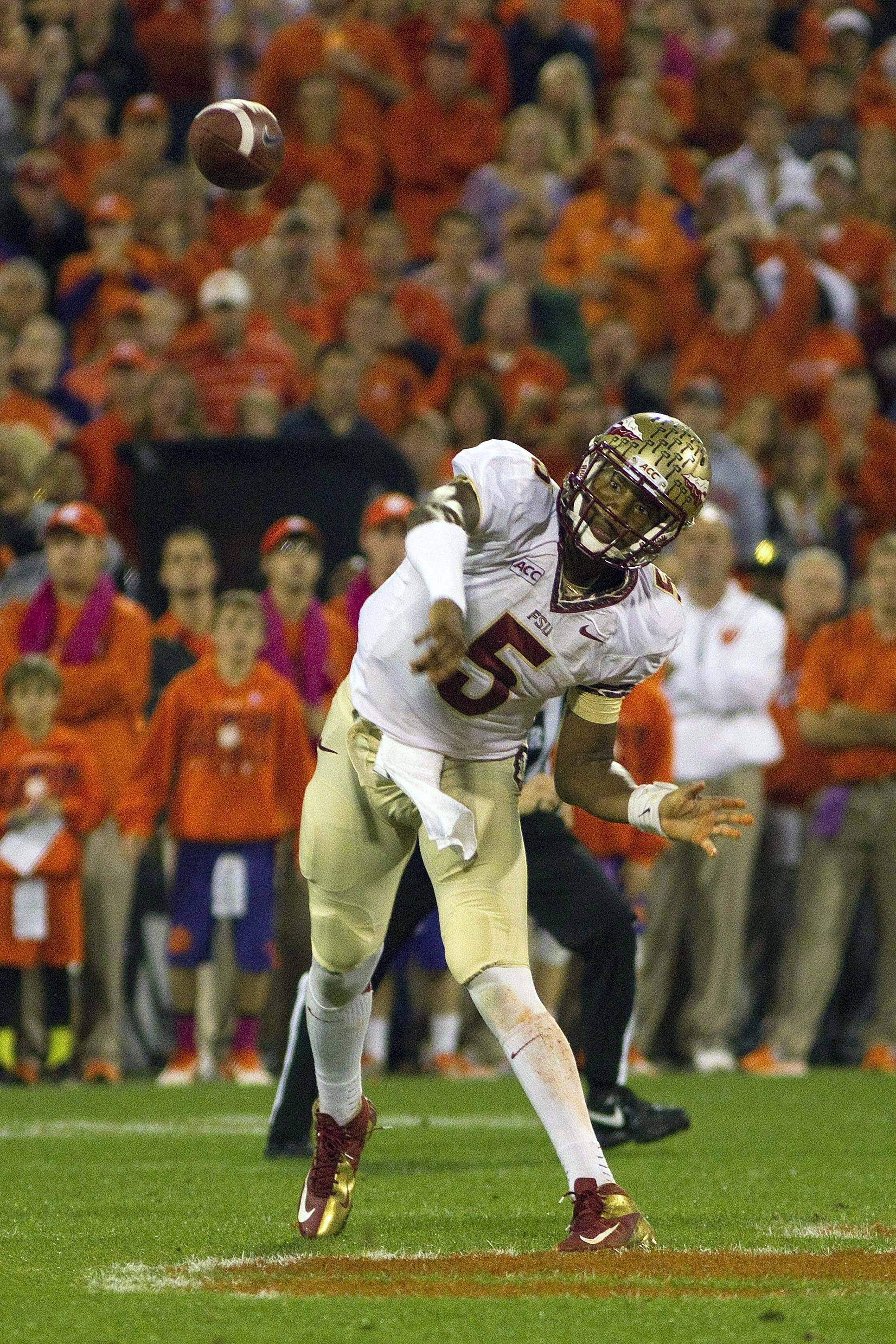 Jameis Winston (5) throws the ball during the first quarter. (Joshua S. Kelly-USA TODAY Sports)
