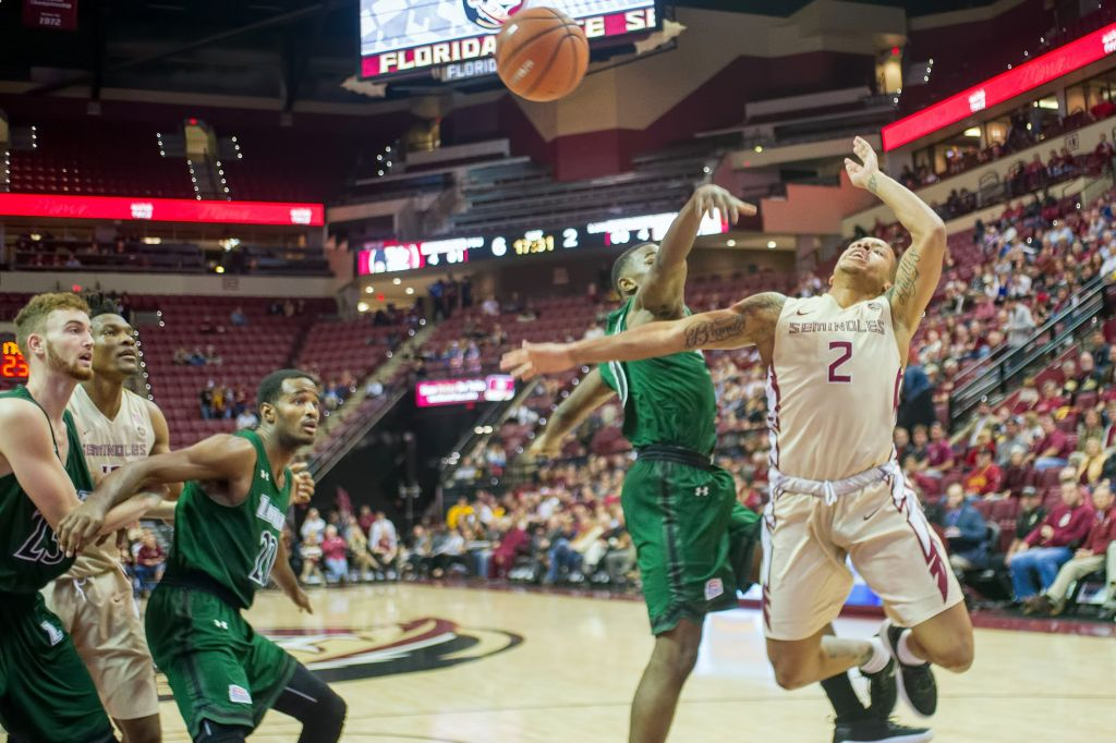 Men's Basketball vs. Loyola (MD) Photo Gallery