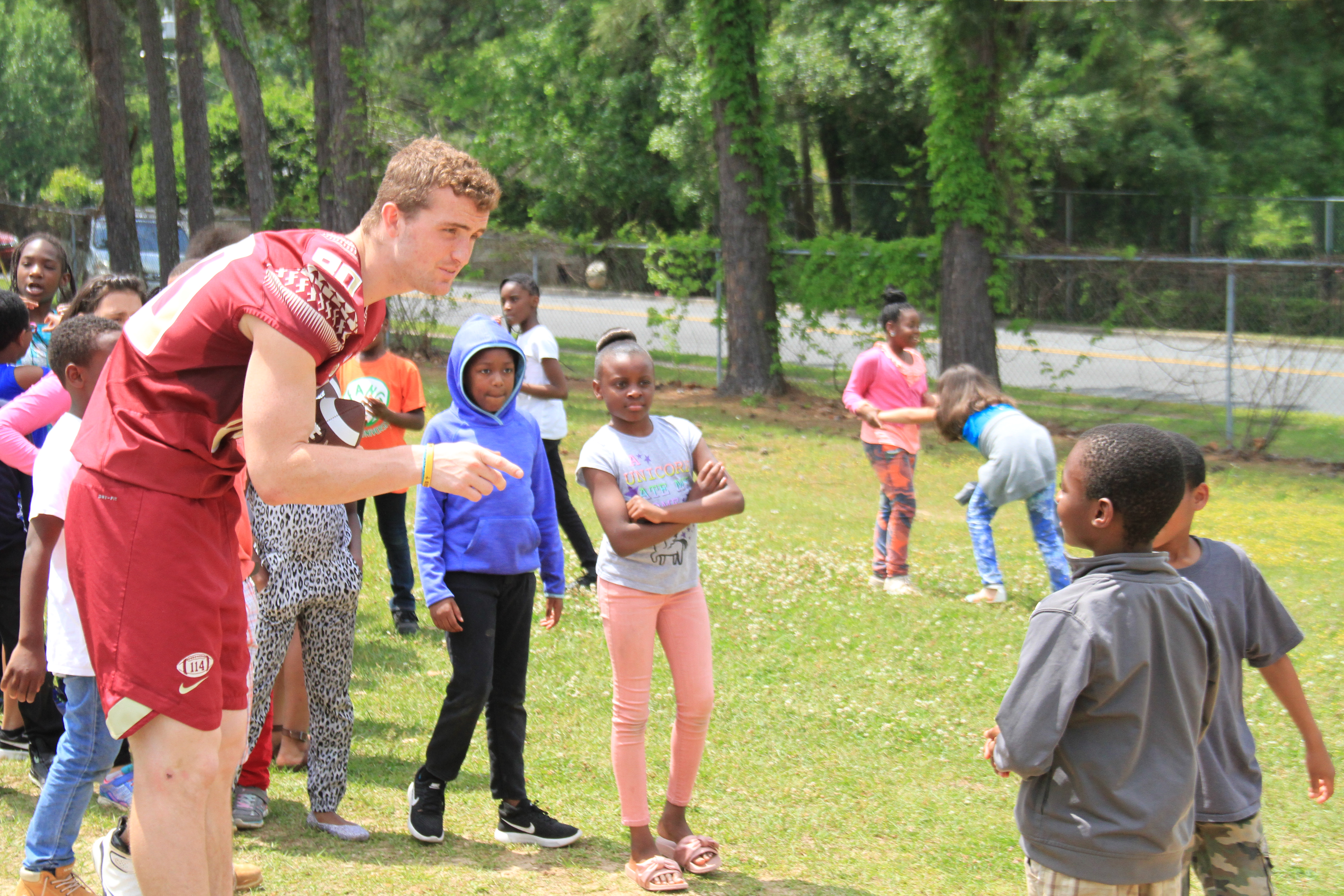 📸: Garnet vs. Gold: Community Service