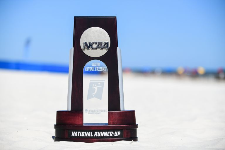 Beach Volleyball Concludes Season as National Runner Up