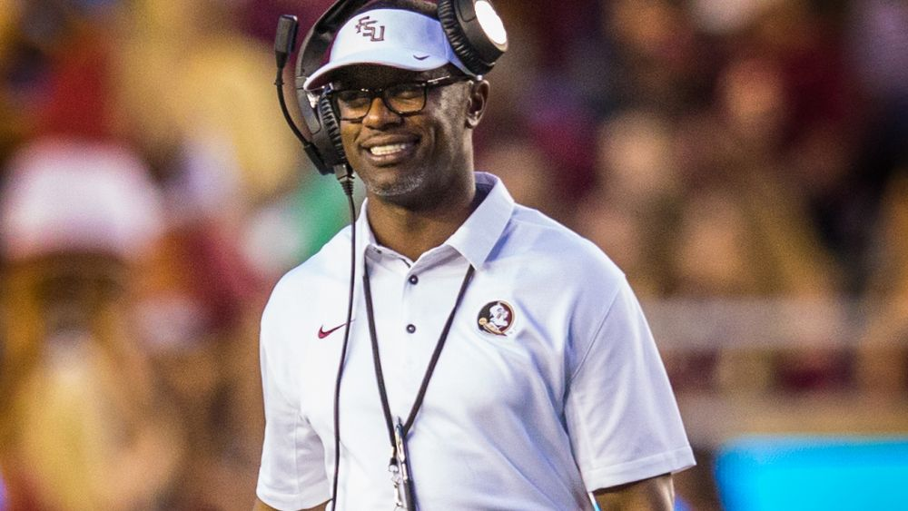 Football Round-up: Taggart Tour Wows In Tampa