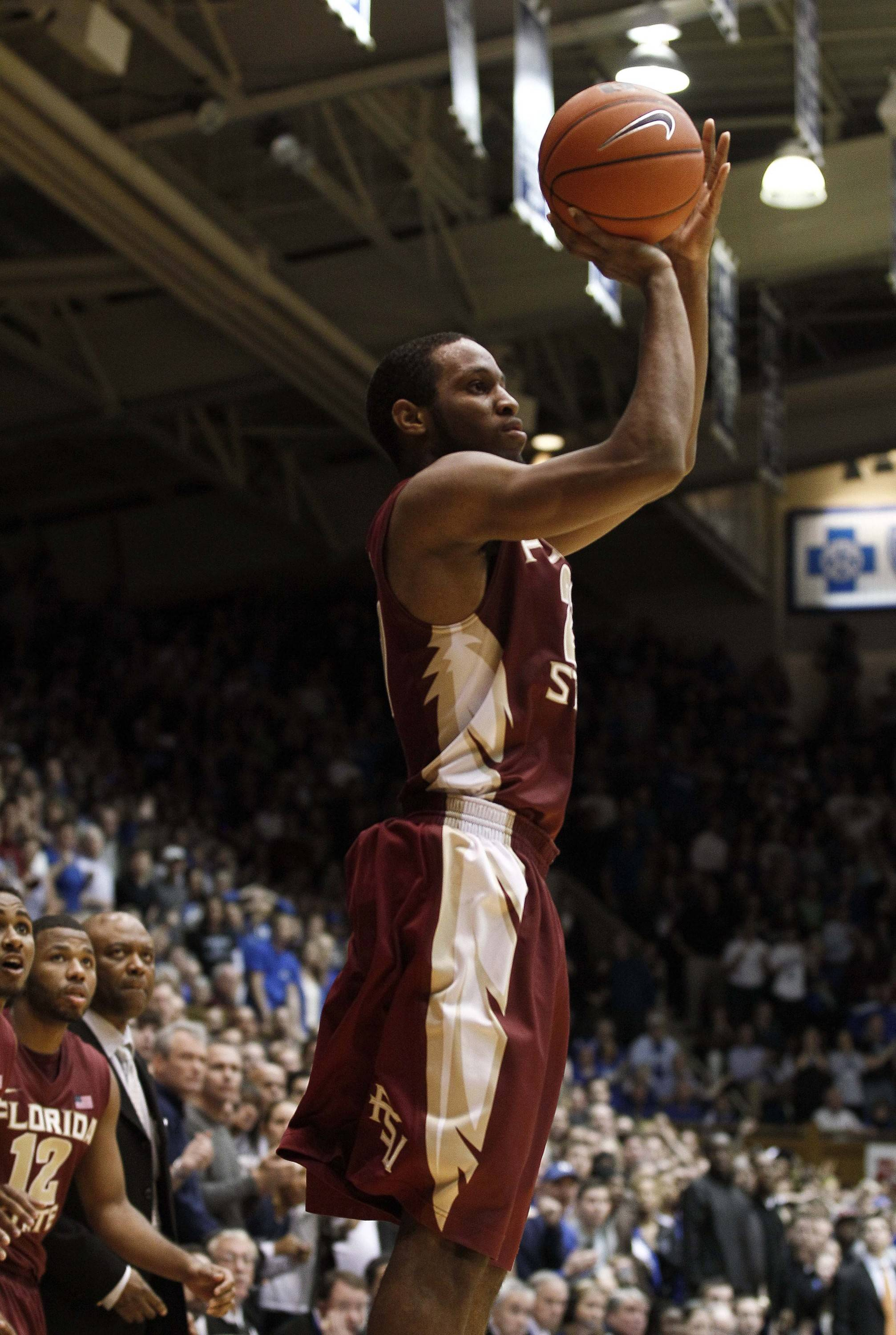 Florida State's Michael Snaer shoots the game-winning basket during the second half. (AP Photo/Gerry Broome)