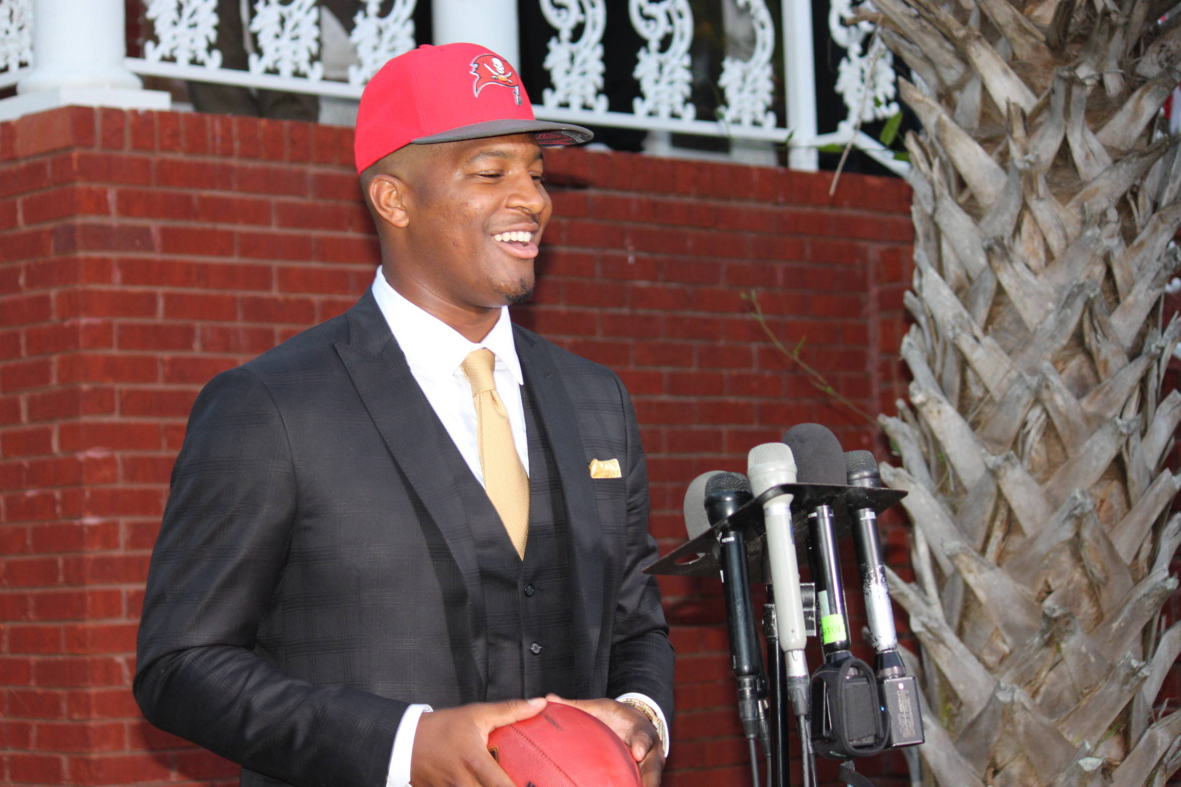Jameis Winston Gets the Call from the Tampa Bay Buccaneers
