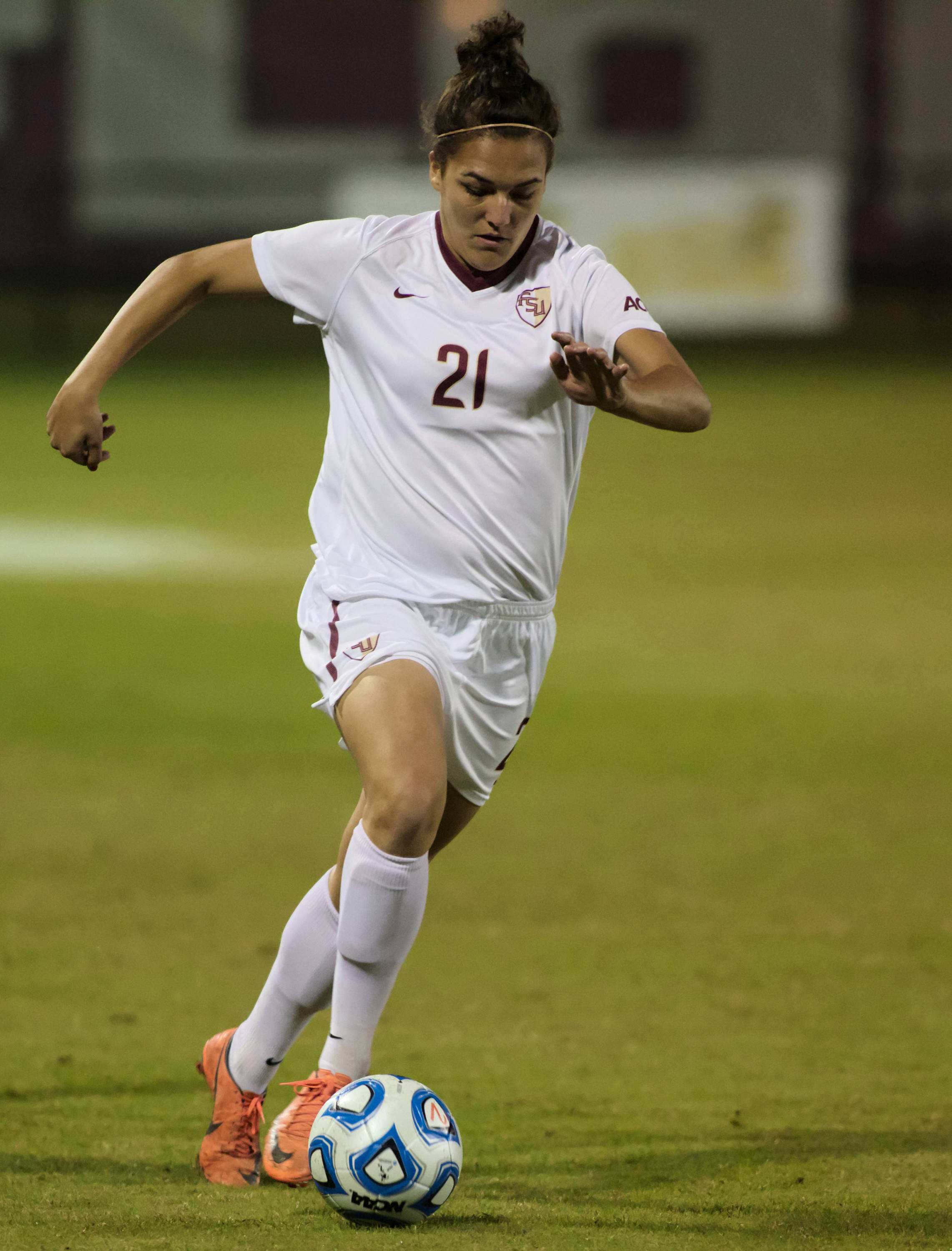 Marta Bakowska-Mathews (21), FSU vs MVSU, 11/09/12. (Photo by Steve Musco)