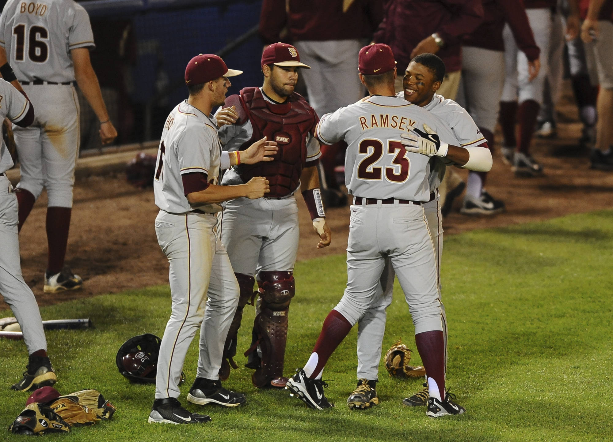Seminoles Celebrate the Win (Photo Courtesy Steve McLaughlin)